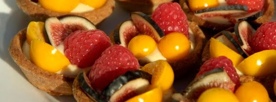 Fantastically Festive Fresh Fruit Tartlets…