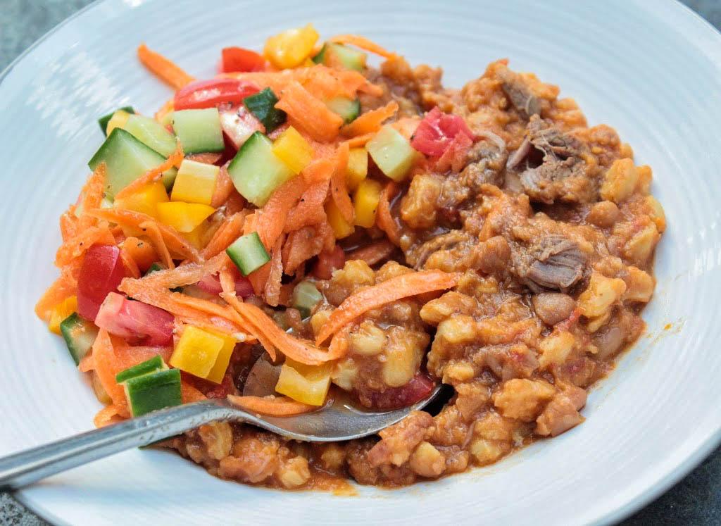 Meaty samp & beans stew